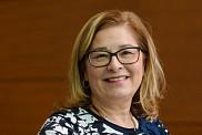 La professeure Dominique Tremblay, titulaire de la Chaire de recherche sur l'amélioration de la qualité et la sécurité des soins aux personnes atteintes de cancer.