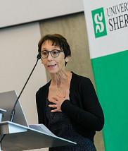 Professeure Maryse Guay, directrice du Centre de recherche Charles-Le Moyne - Saguenay-Lac-Saint-Jean sur les innovations en santé (CR-CSIS).