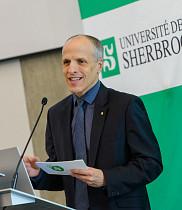 Professeur Pierre Cossette, recteur de l'Université de Sherbrooke.