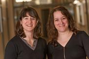 Les professeures Isabelle Lacroix et Karine Pr&eacute;mont de l'&Eacute;cole de politique appliqu&eacute;e<br>