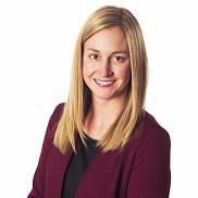 Annie Paquette (BAA et MBA, cheminement pour cadres en exercice), directrice adjointe chez<br>Pasquier, tout en fra&icirc;cheur!