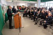 L'apport important d'Yvon Lamarche à la communauté universitaire a été souligné à l'occasion du dévoilement de la nouvelle dénomination portant son nom.