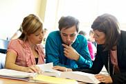 <p>L&rsquo;UdeS re&ccedil;oit aussi la meilleure cote au Canada pour la qualit&eacute; des services p&eacute;dagogiques, des services d&rsquo;information professionnelle et d&rsquo;orientation, de ses biblioth&egrave;ques ainsi que des services de pr&eacute;paration &agrave; la carri&egrave;re et de placement.</p>