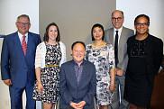 Sur la photo, dans l'ordre habituel: Jacques Chagnon, président de l'Assemblée nationale; Roxane Lebœuf; Sylvain Le May; Charmaine Lyn; Richard Janda; Tamara Thermitus, présidente de la Commission.