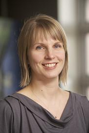 <p>&Eacute;tudiante en service social, Fiona Neesham-Grenon est aussi assistante de recherche &agrave; la Chaire sur la maltraitance envers les personnes a&icirc;n&eacute;es de l&rsquo;UdeS.</p>