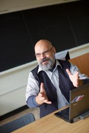 Léon Robichaud, directeur du Département d'histoire