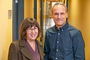 Les deux professeurs de marketing sont membres de l'Observatoire de la consommation responsable