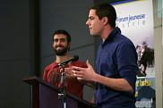 Julien Lamarche et David Lalanne &agrave; la conf&eacute;rence de presse du lancement du volet francophone du concours <em>Le d&eacute;fi Change ton monde</em>, pr&eacute;sent&eacute; par Ashoka Canada en partenariat avec l'UdeS.<br>