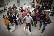L'équipe de la Chaire de recherche industrielle sur l'éthanol cellulosique et sur les biocommodités au Centre de mise à l'échelle