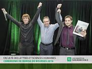 Les récipiendaires d'une bourse « In Memoriam » Benoît-Daoust-Tremblay,Alexandre Blanchard et Martin Mallette et l'initiateur du fonds, M. Benoît Huberdeau, coordonnateur de stages à l'UdeS.