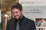 Le diplôméDavid Goudreault(Travail social, 2004), Ambassadeur 2017 de la Faculté des lettres et sciences humaines.