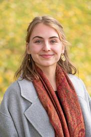 Amandine, détentrice d'un baccalauréat en études de l'environnement, s'intéressera, à la COP24, au Réseau Action Climat International ou aux pays membres de l'AOSIS sur le sujet de l'équité intergénérationnelle.