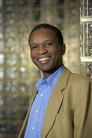 Froduald Kabanza, professeur au Département d'informatique de la Faculté des sciences