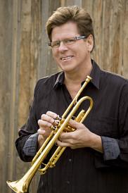 Le trompettiste de renommée internationale Wayne Bergeron performera sur la scène du Centre culturel avec le Stage Band de l'UdeS le 3 avril prochain.