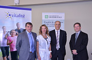 Le 16 septembre dernier, l&rsquo;Universit&eacute; de Sherbrooke a renouvel&eacute; son entente d&rsquo;affiliation avec le R&eacute;seau de sant&eacute; Vitalit&eacute;.<br><p>Sur la photo : M. Gilles Lanteigne, pr&eacute;sident-directeur g&eacute;n&eacute;ral, R&eacute;seau de sant&eacute; Vitalit&eacute;, Dre France Desrosiers, vice-Pr&eacute;sidente &ndash; Services m&eacute;dicaux, formation et recherche, R&eacute;seau de sant&eacute; Vitalit&eacute;, Dr. Pierre Cossette, doyen de la FMSS et Dr. Michel Landry, doyen associ&eacute; site de Moncton.</p><br>