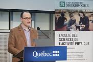 Le professeur Sylvain Turcotte, titulaire de la Chaire de recherche Kino-Québec sur l'adoption d'un mode de vie physiquement actif en contexte scolaire.