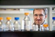 Jean-Philippe Bellenger, professeur en chimie de l&rsquo;environnement.<br>