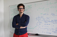 Valentin Serey,étudiant au doctorat en cotutelle entre l'Université de Sherbrooke et l'Université de Bordeaux et rattaché au GAUS.
