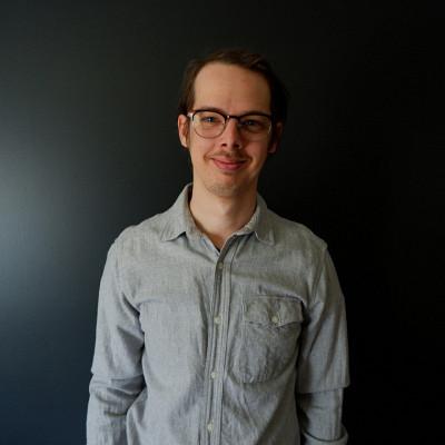 Philippe Rioux, diplômé du doctorat en études françaises et chargé de cours au Département des arts, langues et littératures.