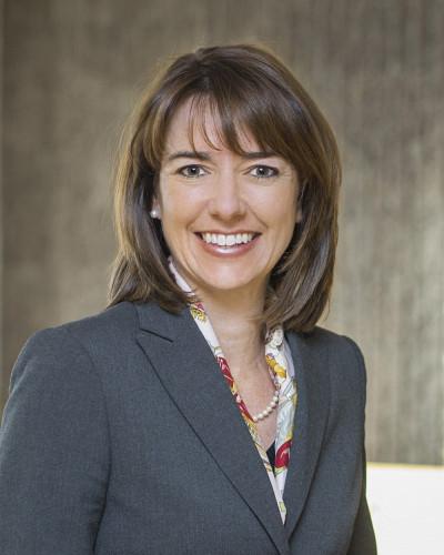 La co-organisatrice Anne-Marie Savard offrira un éclairage sur la transformation du rôle de l'État au sein du système de santé en regard des récents projets de loi.