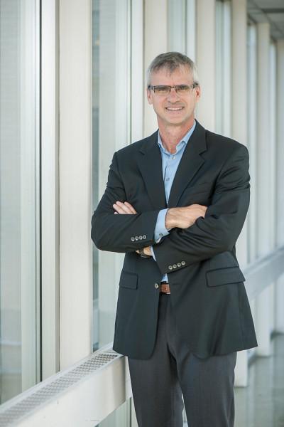 Le professeur Marc Frappier, chercheur principal du projet au Département d'informatique de la Faculté des sciences de l'UdeS