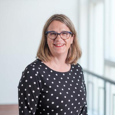 Professeure Nathalie Delli-Colli, École de travail social de la Faculté des lettres et sciences humaines.