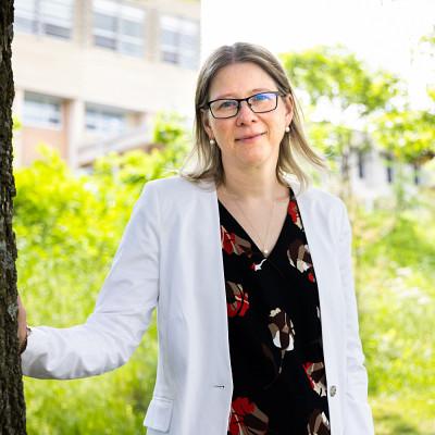 Professeure Audrey Brassard, Département de psychologie, Faculté des lettres et sciences humaines.