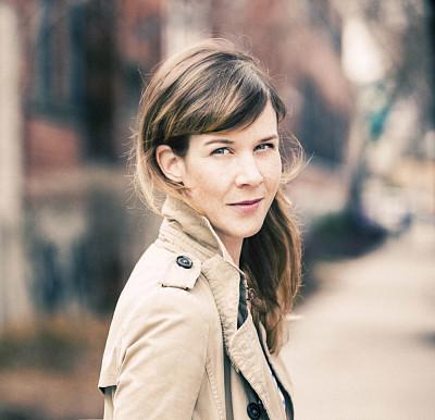 Professeure Sarah Rocheville, Département des arts, langues et littératures, Faculté des lettres et sciences humaines.