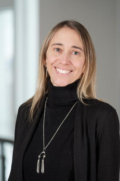 Laprofesseure et psychologue humaniste Anne Brault-Labbé mène des recherches sur la psychologie du deuil.