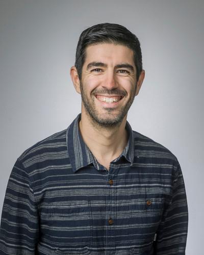Le professeur Philippe Roy agit comme mentor au sein Réseau d'étudianteset étudiants en recherche sur la santé, le sexe et le genre.