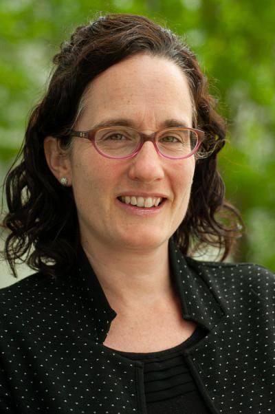 Marie-Claude Battista, directrice du bureau de la valorisation et des partenariats