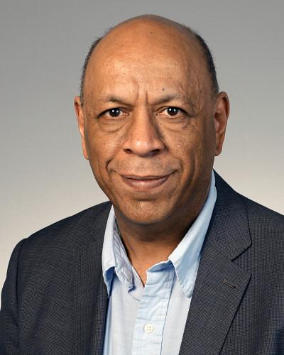 Le professeur-chercheur Pedro D'Orléans-Juste