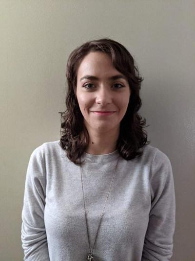 Audrey Couture, étudiante en traduction professionnelle, a reçu le prix Relève, qui récompense le meilleur dossier scolaire à mi-parcours de la formation.