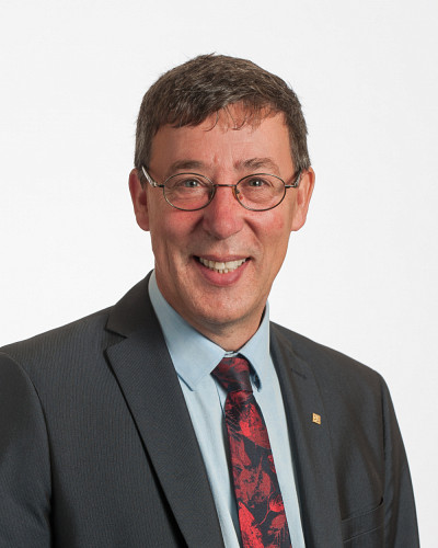 Professeur Jean-Pierre Perreault