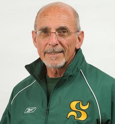 L'entraîneur-chef de l'équipe de natation Vert&Or, Alain Iacono, est heureux de pouvoir compter sur un nageur de haut niveau dans son groupe.