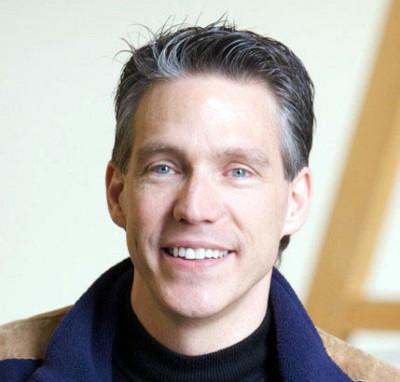 Raymond Panneton, professeur membre du GAUS et 6e donateur du groupe.