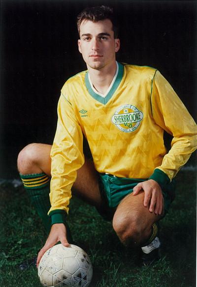 Éric Puig, lorsqu'il évoluait pour l'équipe masculine de soccer Vert & Or de l'Université de Sherbrooke.
