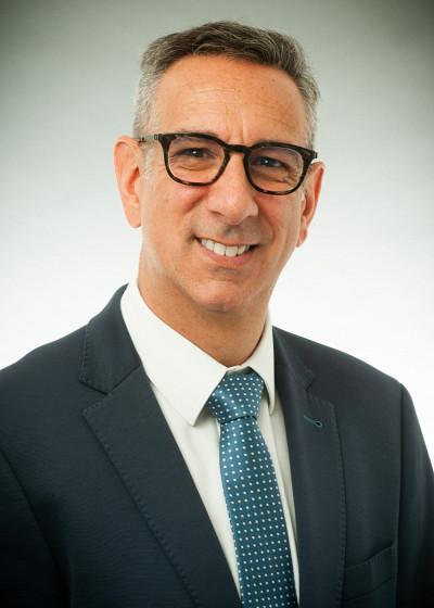 Le professeur Éric Lavoie