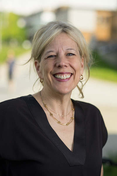 Christine Hudon, vice-rectrice aux études.