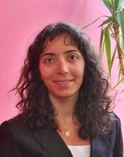 Christina Khnaisser,détentrice d'un doctorat en informatique médicale obtenu dans le cadre d'une cotutelle entre l'Université de Paris et l'Université de Sherbrooke