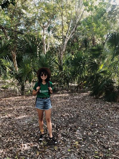Mélissa Niravong,étudiante à la maîtrise, lors d'un stage en écologie au Mexique.