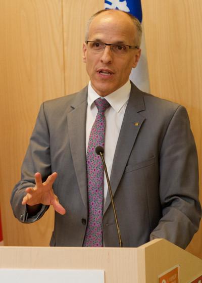Le professeur Pierre Cossette, recteur de l'Université de Sherbrooke