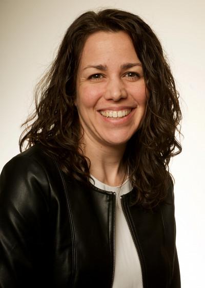 La professeure Mélanie Levasseur.