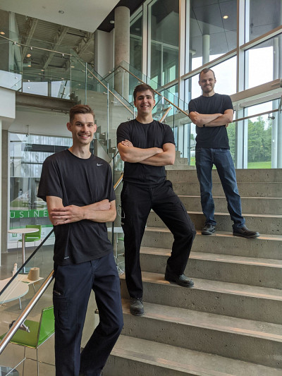 Charles-Éric Raymond (cofondateur), Benoît Serrano-Parent (cofondateur) et Mathieu Labelle.