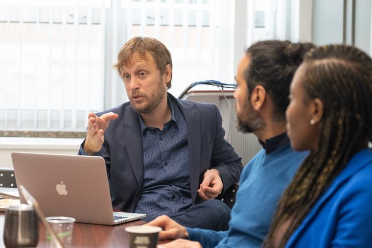 Le professeur en politique appliquée David Morin tiendra un colloque avec la Chaire UNESCO-PREV lors du prochain congrès de l'Acfas.