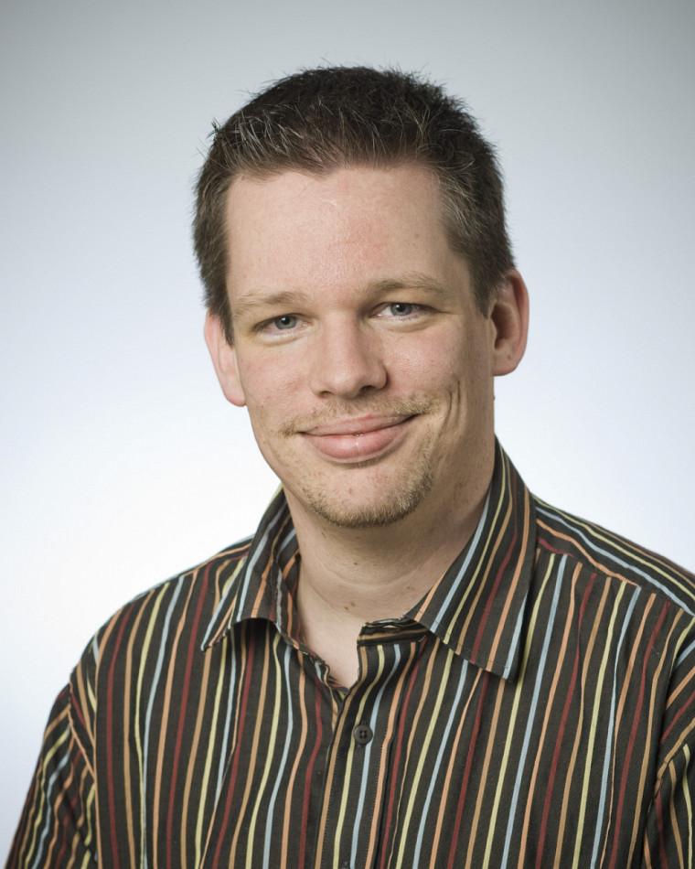 M. Mario Lambert, M.Sc. , coordonnateur de programmes etchargé de cours agrégé au Département de mathématiques.