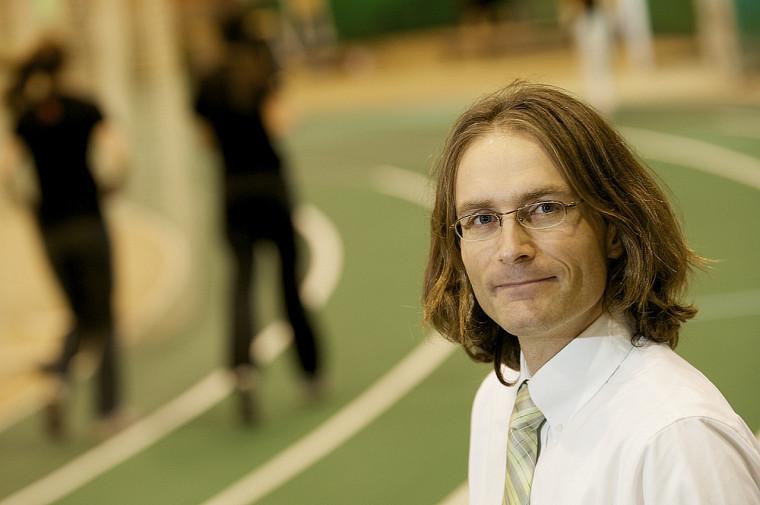 La méta-analyse du professeur Éric Goulet, de la Faculté d'éducation physique et sportive, tient compte des conditions vécues par les athlètes sur le terrain.