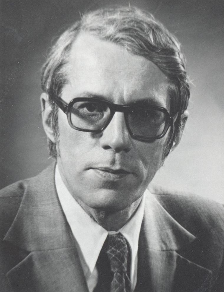 Élu en 1975, le recteur Martin devenait le quatrième recteur de l'Université de Sherbrooke et le premier non-ecclésiastique à occuper cette fonction.