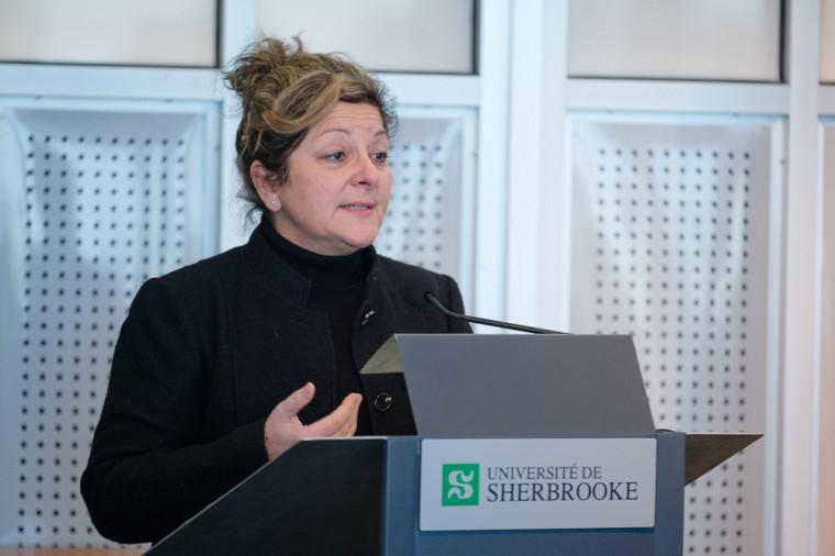 Anick Lessard, doyenne de la Faculté des lettres et sciences humaines de l'Université de Sherbrooke