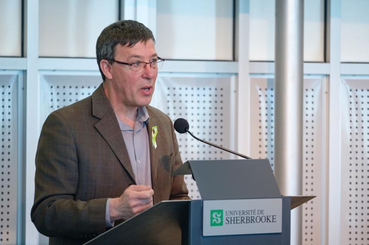 Jean-Pierre Perreault, vice-recteur à la recherche et aux études supérieures de l'Université de Sherbrooke